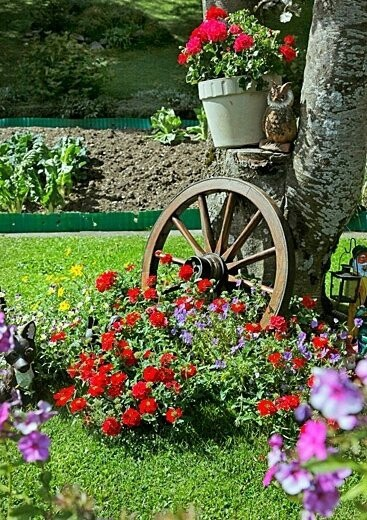 Fotos con ideas de decoracion para jardines con flores for Decoracion de jardines pequenos con flores